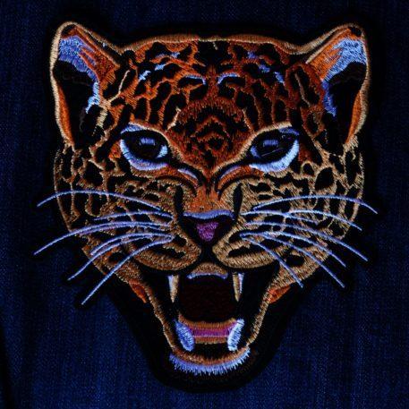 Leopardo de parche bordado