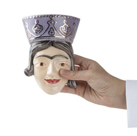 Busto único de reina persa de cerámica